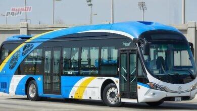 صورة أبوظبي تُطلق أسطولًا من الحافلات الصديقة للبيئة.. والمزودة بأسرع البطاريات شحنًا في العالم