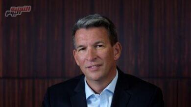 صورة ستيف ألين يقود عمليات دناتا العالمية