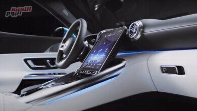 صورة فيديو| طرح أول سيارة بشاشة قابلة للإمالة في العالم
